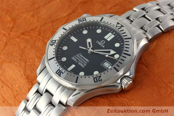 Used luxury watch Omega Seamaster steel automatic Kal. 1120 Ref. 25328000  | 150788 01