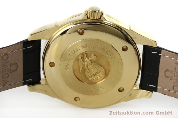 Used luxury watch Omega De Ville 18 ct gold automatic Kal. 2628A Ref. 46338033  | 150807 09