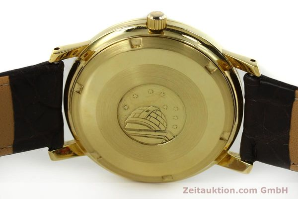 Used luxury watch Omega Constellation 18 ct gold automatic Kal. 564 Ref. 168.010/11  | 150914 08