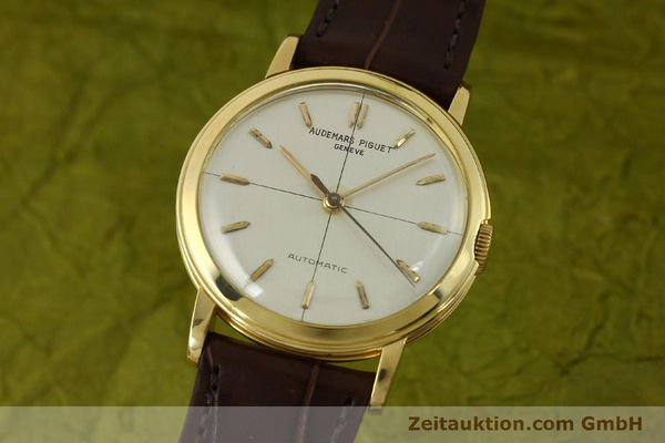 Used luxury watch Audemars Piguet * 18 ct gold automatic Kal. P 2499  | 151068 04
