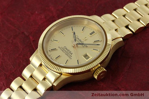 Used luxury watch Omega Constellation 18 ct gold automatic Kal. 685  | 151074 01