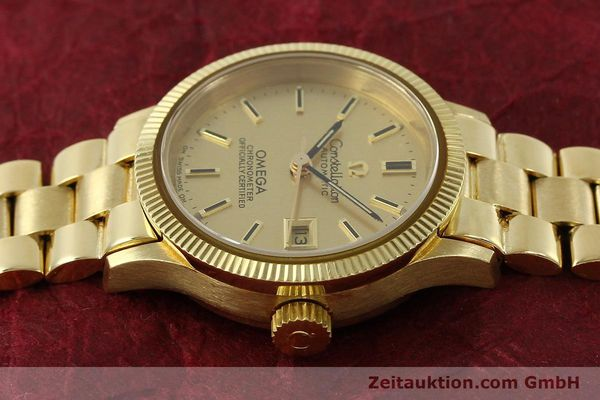 Used luxury watch Omega Constellation 18 ct gold automatic Kal. 685  | 151074 05