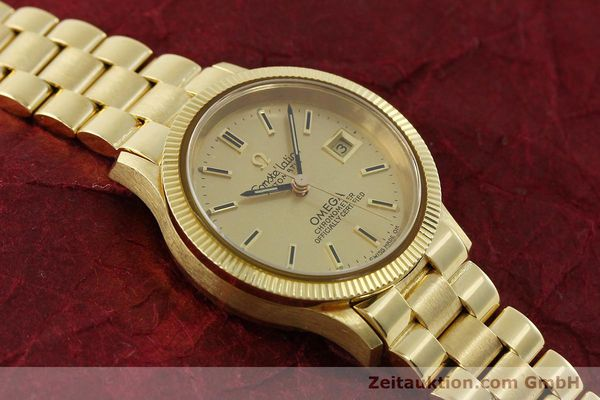 Used luxury watch Omega Constellation 18 ct gold automatic Kal. 685  | 151074 14