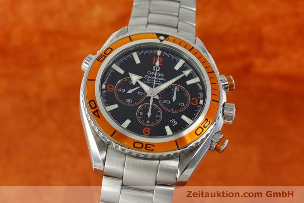 Used luxury watch Omega Seamaster chronograph steel automatic Kal. 3313 Ref. 22185000  | 151101 04