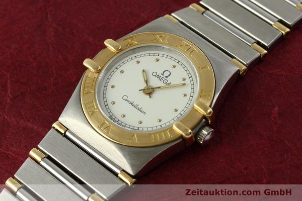 montre de luxe d occasion Omega Constellation acier / or  quartz Kal. ETA 976.001 Ref. 1455-13702000  | 151142 01