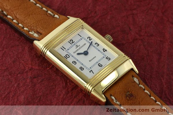 montre de luxe d occasion Jaeger Le Coultre Reverso or 18 ct quartz Kal. 608 Ref. 260.1.08  | 151185 17