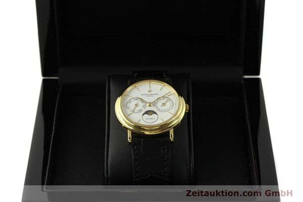 Used luxury watch Vacheron & Constantin * 18 ct gold automatic Kal. 1126  | 151279 07