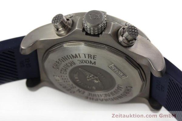Used luxury watch Breitling Avenger chronograph titanium automatic Kal. B13 ETA 7750 Ref. E13360  | 151304 11
