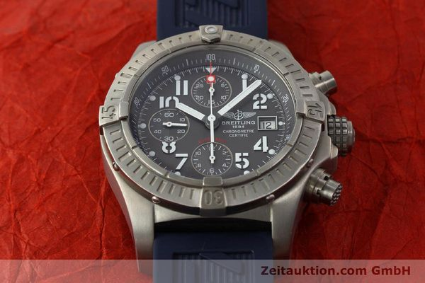 Used luxury watch Breitling Avenger chronograph titanium automatic Kal. B13 ETA 7750 Ref. E13360  | 151304 18