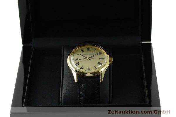 Used luxury watch Vacheron & Constantin * 18 ct gold automatic Kal. P1019 Ref. 4872  | 151310 07