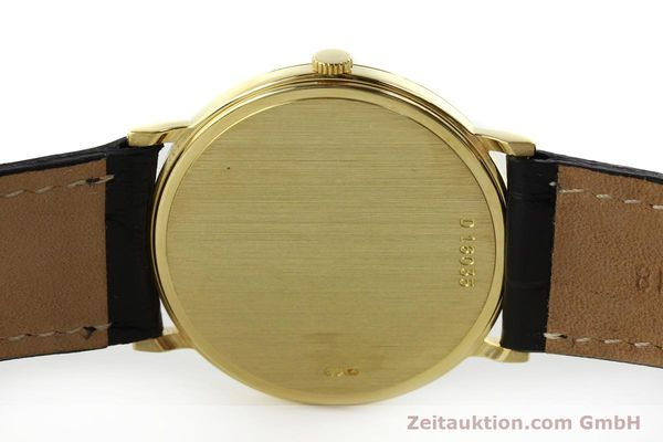 Used luxury watch Audemars Piguet * 18 ct gold manual winding Kal. 2080  | 151320 08