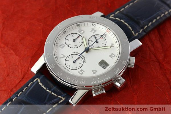 Used luxury watch Girard Perregaux 7000 chronograph steel automatic Kal. 8000-614 Ref. 7000  | 151330 01