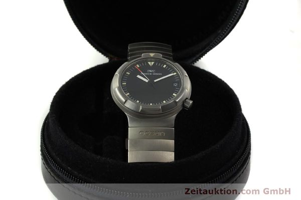 Used luxury watch IWC Porsche Design titanium automatic Kal. 37522 Ref. 3503.1  | 151363 07