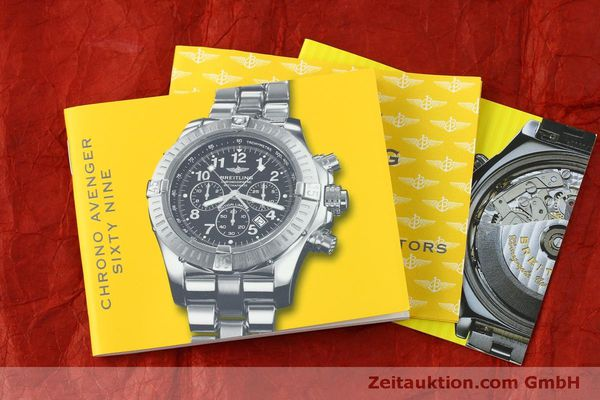 gebrauchte Luxusuhr Breitling Avenger Chronograph Stahl Quarz Kal. B69 Ref. A69360 LIMITED EDITION | 151407 13