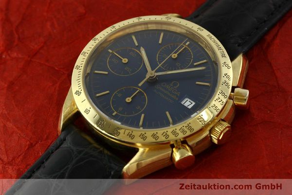 montre de luxe d occasion Omega Speedmaster chronographe or 18 ct automatique Kal. 1155  | 151441 01