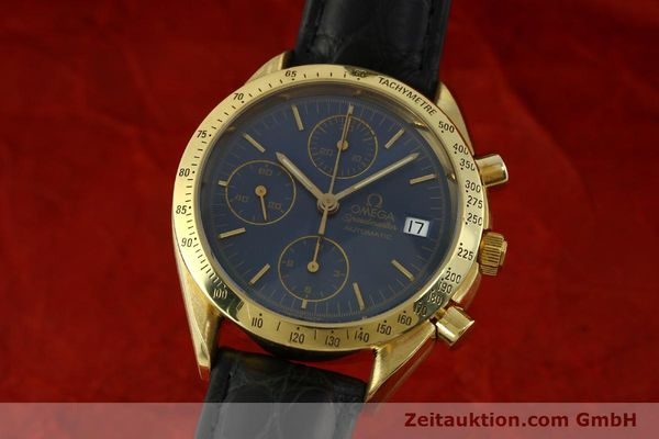montre de luxe d occasion Omega Speedmaster chronographe or 18 ct automatique Kal. 1155  | 151441 04