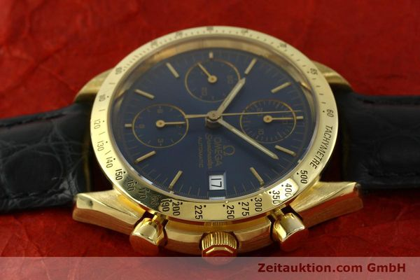 montre de luxe d occasion Omega Speedmaster chronographe or 18 ct automatique Kal. 1155  | 151441 05