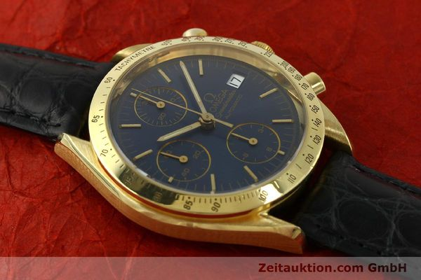 montre de luxe d occasion Omega Speedmaster chronographe or 18 ct automatique Kal. 1155  | 151441 14