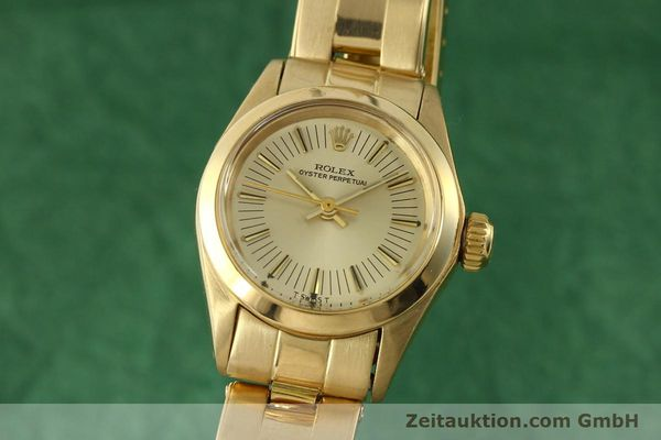 Used luxury watch Rolex Oyster Perpetual 18 ct gold automatic Kal. 2030 Ref. 6718  | 151502 04