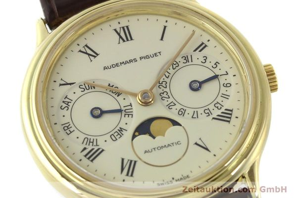 Used luxury watch Audemars Piguet Day-Date Moonphase 18 ct gold automatic Kal. 2124  | 151574 02