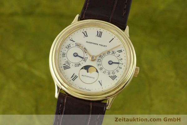 Used luxury watch Audemars Piguet Day-Date Moonphase 18 ct gold automatic Kal. 2124  | 151574 04