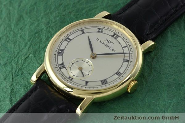 Used luxury watch IWC Portofino 18 ct gold manual winding Kal. 4231 Ref. 2533  | 151728 01