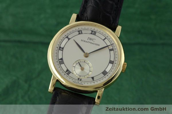 Used luxury watch IWC Portofino 18 ct gold manual winding Kal. 4231 Ref. 2533  | 151728 04