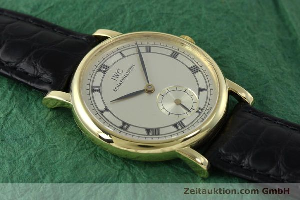 Used luxury watch IWC Portofino 18 ct gold manual winding Kal. 4231 Ref. 2533  | 151728 16