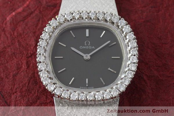 Used luxury watch Omega * 18 ct white gold manual winding Kal. 625  | 151738 17