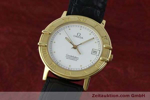 Used luxury watch Omega Constellation 18 ct gold automatic Kal. 1111  | 151761 04