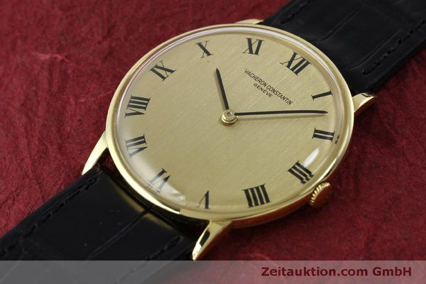 Used luxury watch Vacheron & Constantin * 18 ct gold manual winding Kal. 1014 Ref. 2013  | 151820 01