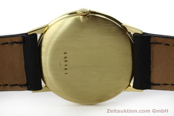Used luxury watch Vacheron & Constantin * 18 ct gold manual winding Kal. 1014 Ref. 2013  | 151820 08