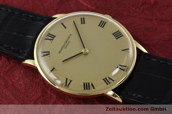 Used luxury watch Vacheron & Constantin * 18 ct gold manual winding Kal. 1014 Ref. 2013  | 151820 13
