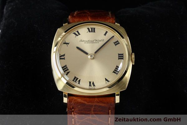 Used luxury watch IWC * 18 ct gold manual winding Kal. 422 Ref. 1418 VINTAGE  | 151913 07