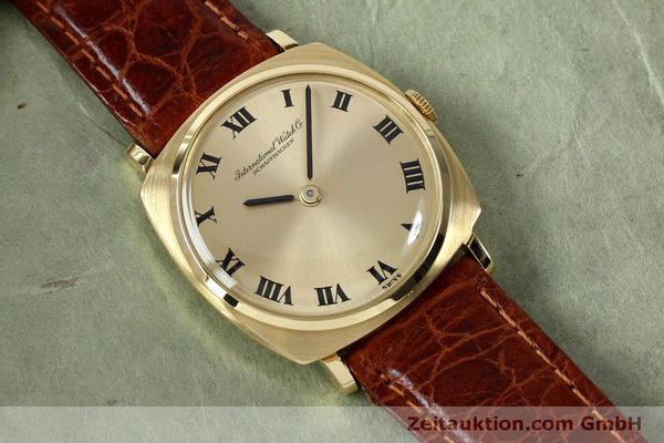 Used luxury watch IWC * 18 ct gold manual winding Kal. 422 Ref. 1418 VINTAGE  | 151913 14