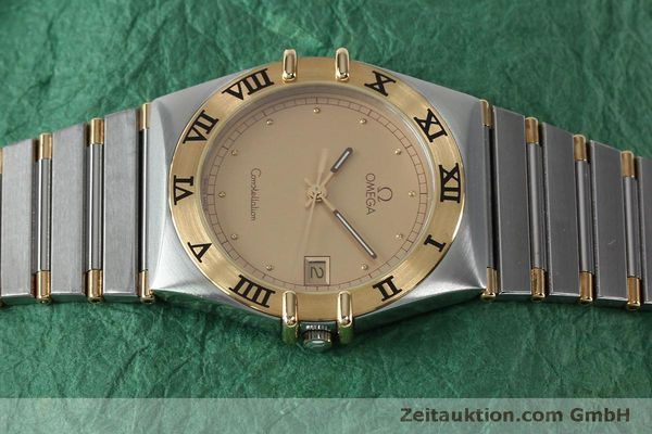 Used luxury watch Omega Constellation steel / gold quartz Kal. ETA 255561  | 151937 05