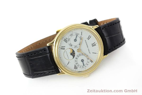 montre de luxe d occasion Audemars Piguet Day-Date Moonphase or 18 ct automatique Kal. 2124  | 151941 03