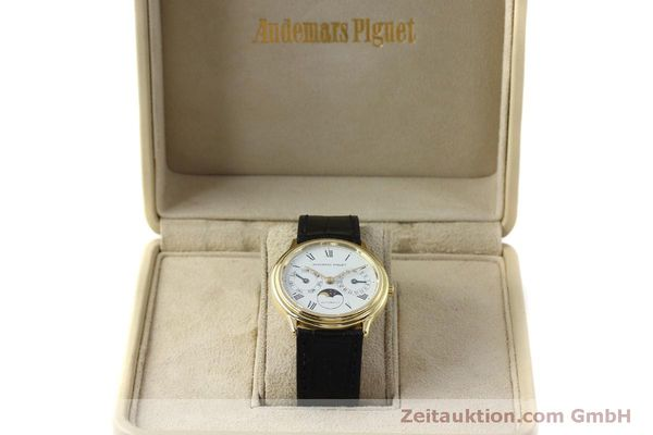 montre de luxe d occasion Audemars Piguet Day-Date Moonphase or 18 ct automatique Kal. 2124  | 151941 07