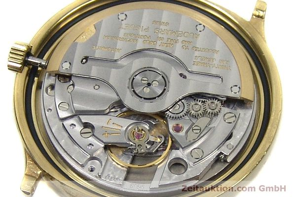 montre de luxe d occasion Audemars Piguet Day-Date Moonphase or 18 ct automatique Kal. 2124  | 151941 10