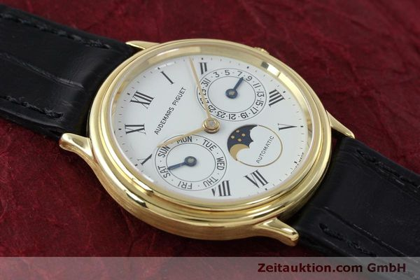 montre de luxe d occasion Audemars Piguet Day-Date Moonphase or 18 ct automatique Kal. 2124  | 151941 14