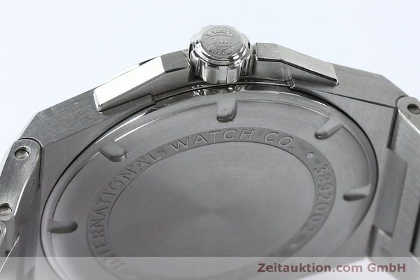 Used luxury watch IWC Ingenieur steel automatic Kal. 30110 Ref. 3239  | 151954 08