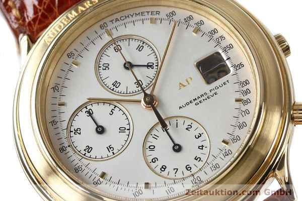 Used luxury watch Audemars Piguet * chronograph 18 ct gold automatic Kal. 2126  | 152033 02