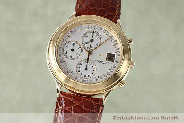 Used luxury watch Audemars Piguet * chronograph 18 ct gold automatic Kal. 2126  | 152033 04