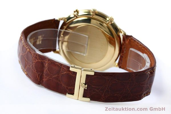 Used luxury watch Audemars Piguet * chronograph 18 ct gold automatic Kal. 2126  | 152033 11