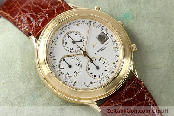 Used luxury watch Audemars Piguet * chronograph 18 ct gold automatic Kal. 2126  | 152033 13