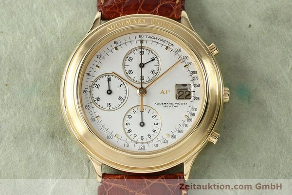 Used luxury watch Audemars Piguet * chronograph 18 ct gold automatic Kal. 2126  | 152033 14