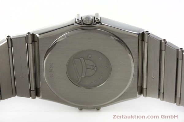montre de luxe d occasion Omega Constellation acier quartz Kal. 1438 Eta 255461  | 152048 09