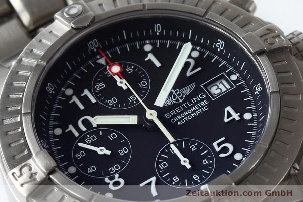 Used luxury watch Breitling Avenger chronograph titanium automatic Kal. B13 ETA 7750 Ref. E13360  | 152061 02