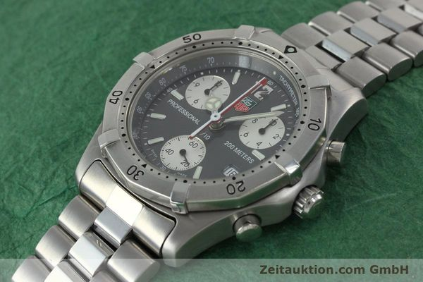 Used luxury watch Tag Heuer Professional chronograph steel quartz Kal. 4.98 ETA 251262  | 152256 01
