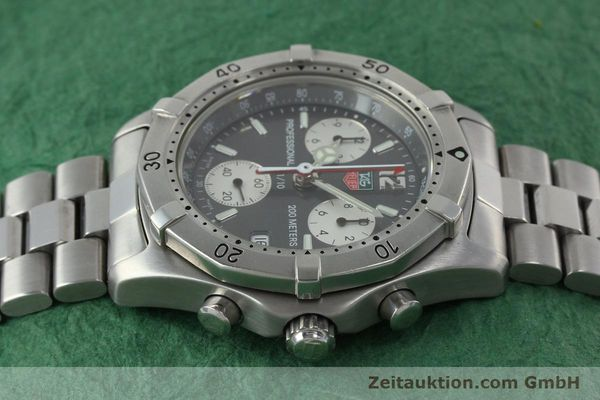 Used luxury watch Tag Heuer Professional chronograph steel quartz Kal. 4.98 ETA 251262  | 152256 05
